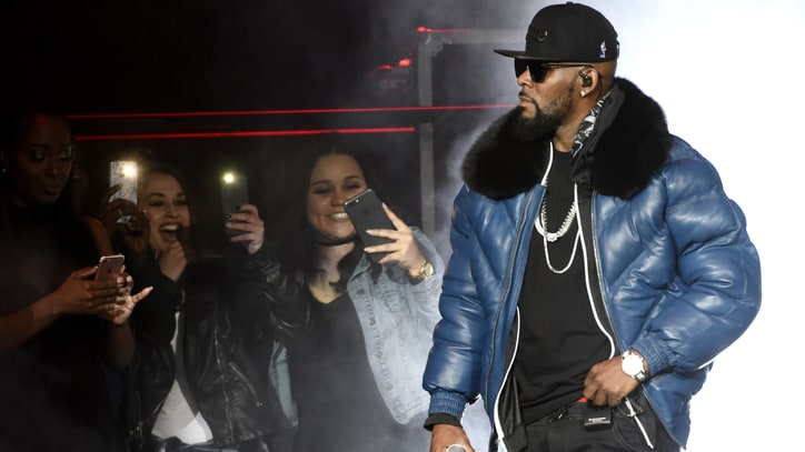 parents-claim-r-kelly-cult-leader-read-2017-1be55b97-e8ac-483b-9dbd-720458c69aec
