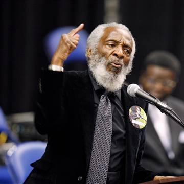 170820-usnews-dick-gregory-filer-0400_1671ddb0e376492e6c2fc2ddbf6a92b7.nbcnews-fp-360-360