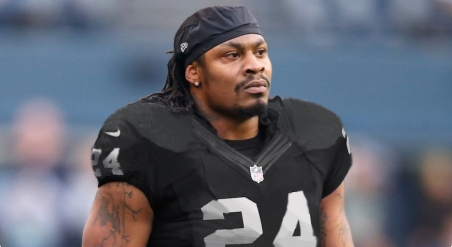 Marshawn-Lynch-Oakland-Raiders-Jersey-1495143490