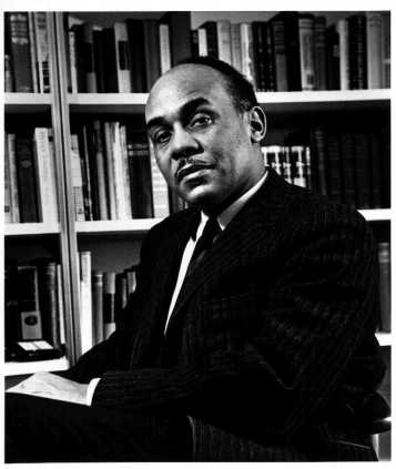 Ralph_Ellison_photo_portrait_seated